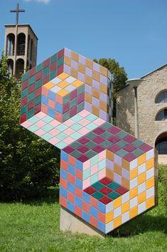 Victor Vasarely, escultura