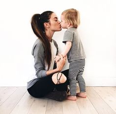 Mommy and son. Mommy And Son, Mom Son, Mom And Baby, Baby Love, Baby Pictures, Baby Photos, Family Photos, Mothers Of Boys, Mothers Love