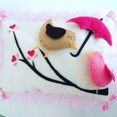 #bebektakiyastigi #bebek #yastik #altinyastigi #yenidogan #elisi #handmade #elyapimi #kece #felt #feltro #sew #sewing #birdslove #kusaski  #kus