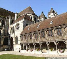 Noyon, Oise, Picardie, France   Noyon (Oise), tourisme et infos