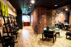 Canvas Cowork by Alex Giron, via Flickr