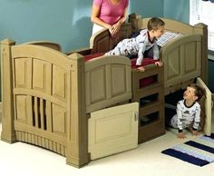 9 DIY Toddler Bed Ideas - Guide to choose the right toddler bed plans. 2019 Best DIY Toddler Bed Ideas transitioning Find out about getting the right timing to switch from toddler crib and more DIY toddler bed ideas which suits your needs. Pallet Toddler Bed, Cool Toddler Beds, Twin Beds For Boys, Kid Beds, Toddler Platform Bed, Diy Bett, Bed Plans, Cool Beds, Baby Cribs