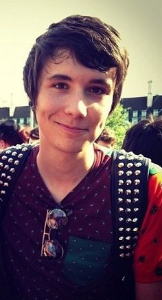 Danisnotonfire Dan Howell YouTube. If you say Dan is not an attractive person, you're wrong and I hate you.