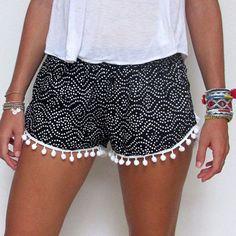 PomPom Shorts from Etsy Hot Pants, Hot Shorts, Casual Shorts, Summer Shorts, Loose Shorts, Dress Summer, Black Shorts, Black Romper, Casual Ootd