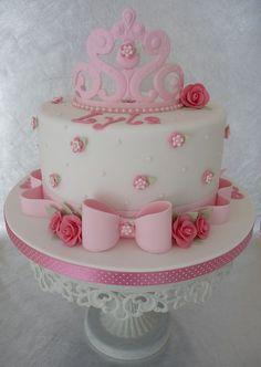 Bolo branco e rosa (princesa)