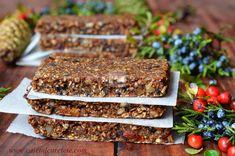 Batoane energizante cu fructe (raw-vegane) - CAIETUL CU RETETE Raw Vegan, Deserts, Healthy Eating, Food, Health Desserts, Eating Healthy, Healthy Nutrition, Clean Foods, Essen