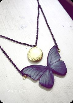 Purple Gold Butterfly necklace with locket. Emo Jewelry, Hippie Jewelry, Beaded Jewelry, Jewelry Necklaces, Unique Jewelry, Dragonfly Jewelry, Butterfly Necklace, Locket Necklace, Gold Locket