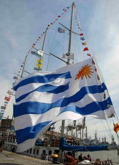 URUGUAY | Regatta and water sports... typical