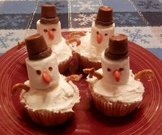 Frozen Party Games: Build Your Own Snowman Cupcakes