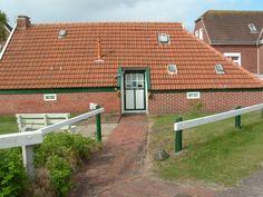 Kleines Haus auf Baltrum, Ostfriesland, Germany