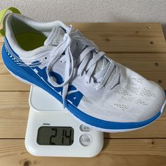 214g(25.5cm) Running Shoes, Sneakers, Fashion, Runing Shoes, Tennis, Moda, Slippers, Fashion Styles, Women's Sneakers