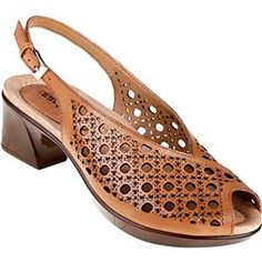 Pretty shoes for Easter weekend!  The Earth Barranca