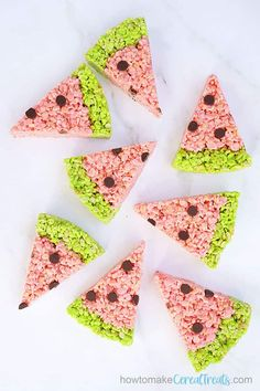 East WATERMELON RICE KRISPIE TREATS -- a no-bake summer dessert perfect for 4th of July, Memorial Day, summer BBQs or just for fun. No Bake Summer Desserts, Fun Desserts, Dessert Recipes, Summer Recipes, Delicious Desserts, Cereal Treats, Rice Krispie Treats, Rice Krispies, Strawberry Swirl Cheesecake