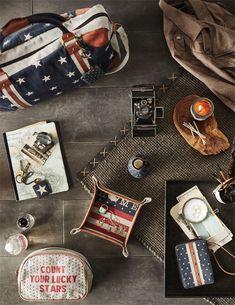 JOHN WAYNE THE DUKE IS AMERICA Leather Sling Bag Small Purse