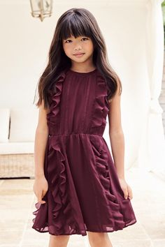 d7d4c5ed36e0 Kupte si Vínové volánové šaty (3-16 let) on-line dnes na Next  Česká  republika