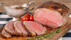 Tastee Recipe A Ravishing Roast That's Never Redundant! - Page 2 of 2 - Tastee Recipe Rhubarb Bbq Sauce, Bacon Mashed Potatoes, Beef Recipes, Cooking Recipes, Cooking Ideas, Chicken Broccoli Pasta, Tastee Recipe, Boston Baked Beans, Cooking Onions