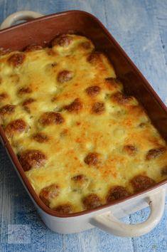 Cartofi noi gratinati - CAIETUL CU RETETE Healthy Meal Prep, Healthy Recipes, Cheeseburger Chowder, Lasagna, Food Inspiration, Baking Soda, Macaroni And Cheese, Good Food, Soup