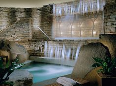 Overall Rating: 94.675An ideal getaway just 90 miles from from New York City, the Lodge at Woodloch in northeast Pennsylvania has plenty of outdoor excursions to partake in such as fly-fishing and trail-biking. But with a 40,000-square-foot-spa on site and guest rooms with private verandas, some may never step outside during their stay. It's no surprise the resort is a favorite among couples.