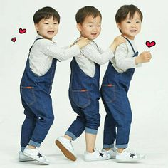 There's this internet community post going around featuring the adorable 'Superman Is Back' triplets, Dae Han, Min Guk and Man Se, and how they would … Cute Kids, Cute Babies, Baby Kids, Baby Boy, Song Il Gook, Man Se, Superman Baby, Song Daehan, Song Triplets