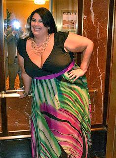 #slimmingbodyshapers   This versatile plus size dress is sure to become your go to for summer days- dressy occasions or a night on the town! A classic plus size  dress in a shape that flatters every body type slimmingbodyshapers.com