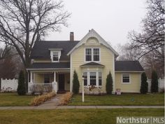 This is a vintage/modern day home in Anoka, MN!  Yes I would move in in a heartbeat!!