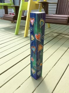 Yard Art Crafts, Rock Crafts, Painted Rocks Craft, Painted Sticks, Peace Pole, Garden Poles, Pole Art, Garden Projects, Painting On Wood