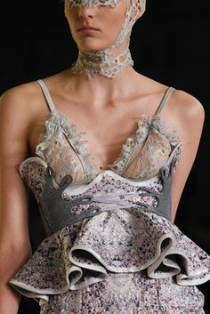 Alexander McQueen Spring 2012 Ready-to-Wear Collection Photos - Vogue