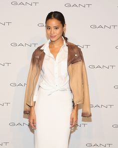 Jamie Chung Photos - Jamie Chung attends House of Gant Presentation during Spring 2016 New York Fashion Week on September 2015 in New York City. - House of Gant - Presentation - Spring 2016 New York Fashion Week Simple Makeup Looks, Jamie Chung, Fashion Beauty, Womens Fashion, Editorial Fashion, Fashion Trends, Celebrity Beauty, Red Carpet Looks, Beauty Hacks