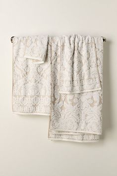 Love these towels. Have them in dark grey.  I will do a post on them soon.