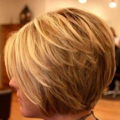 Layered Bob Haircuts in Honey Blonde