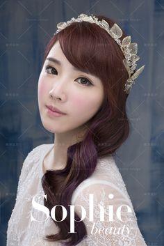 #bridalfashion #bridalstyle #crystal #weddingmolding #新娘秘書 #新娘造型 #水晶 http://molding.wswed.com/molding_home/hair.html