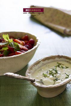 Morangos biológicos com molho de ricotta e iogurte