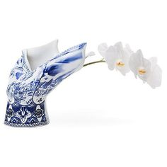 Moooi Blow Away Vase (1,430 CAD) ❤ liked on Polyvore featuring home, home decor, vases, white and blue, blue and white vase, delft vase, blue white vase and moooi