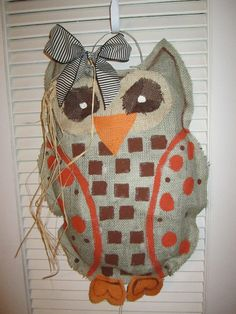 Burlap door hanging - owl