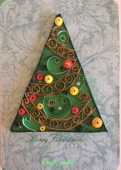 this is a cute handmade quilled Christmas tree card has just mounted on a green card stock which using the ancient art of quilling. The quilled daisies offer a special 3D effect for the card. -------DETAILS------- Card in approximately 6*4.1*. Designed to sit vertically. These quilling