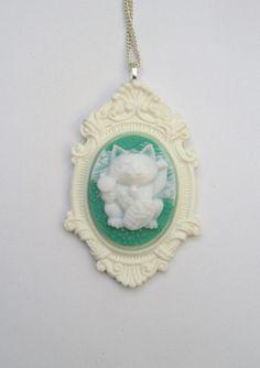 Maneki Neko Fortune Cat Necklace.