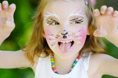 enfants & ados m Homemade Face Paints, Homemade Paint, Homemade Face Masks, Girl Face Painting, Face Painting Designs, Painting Patterns, Tinta Facial, Too Faced, Curves
