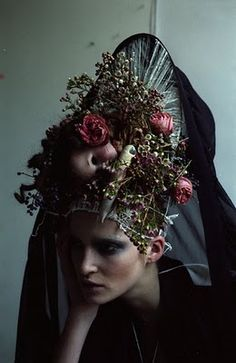 Hair by Chinatsu Nobe. Photography by Miguel Villalobos. Design by Graham Tabor....eerie but beautiful!