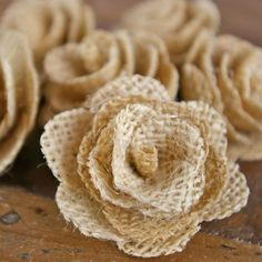 Burlap flowers are a great way to add extra charm to your wedding, event or home décor. #burlap #homedecor #weddingdecor #burlapwedding