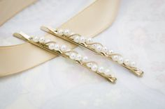Gold Pearl Hair Pin Pearl Bobby Pins Pretty by SeablueBoutiqueACC