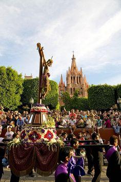 Procesion del Santo Entierro - San Miguel de Allende, Guanajuato, Mexico