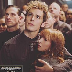 DIY your photo charms, compatible with Pandora bracelets. Make your gifts special. Make your life special! New/old still of Sam Claflin (Finnick Odair) and Stef Dawson (Annie Cresta) in Mockingjay Part one The Hunger Games, Hunger Games Memes, Hunger Games Fandom, Hunger Games Catching Fire, Hunger Games Trilogy, Sam Claflin, Katniss Everdeen, Finnick And Annie, Hunter Games