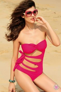 The strapless super sexy swimsuit is quality-made by nylon and spandex. One-piece swimsuit, also known as a maillot, often comes in different styles. Dear-lover has a good offer of sexy swimsuits and they vary in coverage. One Piece Bikini, One Piece Swimwear, Bikini Set, Bikini Swimsuit, Bikini Babes, Beachwear For Women, Women Swimsuits, Bombshell Clothing, Brazilian Bikini Swimwear