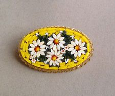 VINTAGE FLORAL MICRO MOSAIC GLASS Pin Italy OVAL BROOCH ~ WHITE & YELLOW DAISIES