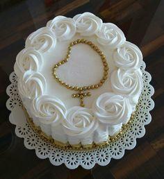 Modern Birthday Cakes, Beautiful Birthday Cakes, Happy Birthday Cakes, Boy Communion Cake, Christmas Cake Designs, Confirmation Cakes, Cake Stencil, Cake Decorating Videos, Crazy Cakes