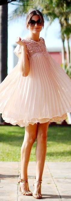 Full skirt & Pleats