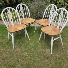 Ercol Dining Chairs - Fleur de Lys Design - 4 dining chairs - painted by FloralChicken on Etsy Ercol Dining Chairs, Ercol Chair, Painted Dining Chairs, Windsor Dining Chairs, Dining Room, Distressed Furniture, Retro Furniture, Furniture Design, Furniture Ideas