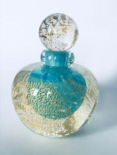 Saba Frères -1995 Potion Bottle, Bottle Art, Glas Art, Antique Perfume Bottles, Glass Figurines, Art Nouveau, Pottery, Vase, Lights