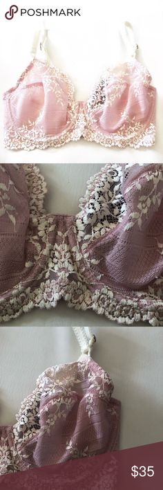 NWT Wacoal Embrace lace pink bra 32DD NWT Wacoal Embrace lace bra 32DD Unlined underwire bra with signature floral lace Seamed cups for superior lift and natural shape Flat seams virtually disappear under clothes Hidden inner sling in cups for shape and support Lace under-bust band and sides Fully adjustable, decorative straps Wacoal Intimates & Sleepwear Bras