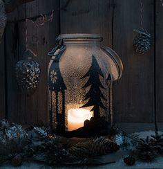 Motiv-Windlicht einfach mit schwarzer Klebefolie bekleben und mit Kunstschnee besprühen. Inspiration, Painting, Art, Decorating Ideas, Creative, Fake Snow, Repurposed, Black Man, Candles